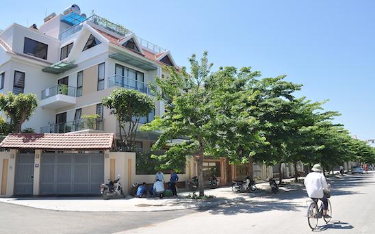 Cho thuê biệt thự TT4 Thành Phố Giao Lưu làm địa điểm kinh doanh