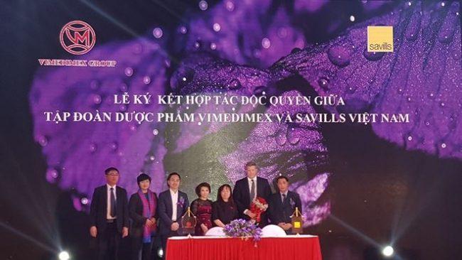 Lễ kí kết giữa Vimedimex Group – đơn vị sở hữu thương hiệu BĐS Vimefulland và Savills Việt Nam.